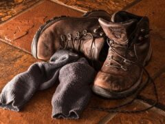 hiking boots narrow feet